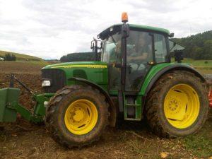 Kürbiskernöl Traktor Bildergalerie