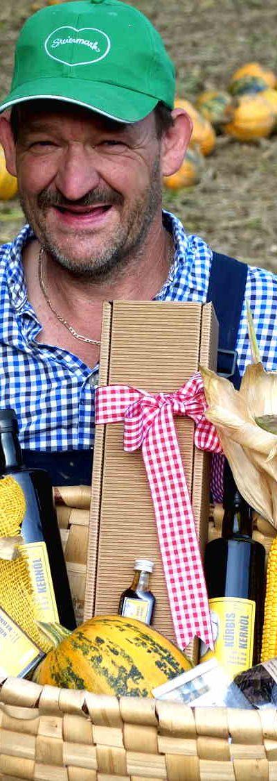 Pepi und seine Produkte vom steirischen Oelkuerbis